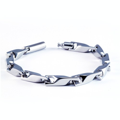 8.5 Inch Modern Mens Titanium Bracelet with with Unique Link Pattern. Silver Plated