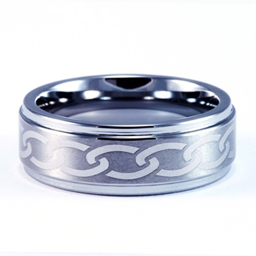 8mm Mens / Woman's Tungsten Carbide Wedding Band / Ring with Laser Engraved Chain link Design